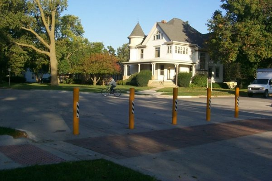 TrafficGuard, Inc Round Post Key Lock - Removable bollard post Grinnell College, Grinnell, IA