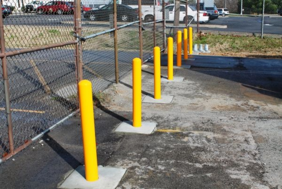 TrafficGuard, Inc Round Post Twist In - Removable bollard Tennessee Air National Guard, Nashville, TN