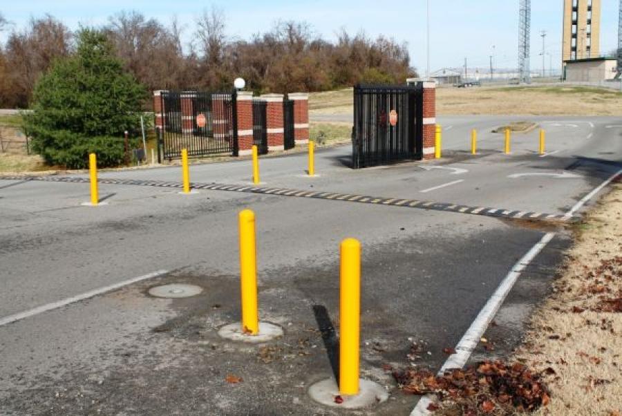 TrafficGuard, Inc Round Post Twist In - Parking bollards Tennessee Air National Guard, Nashville, TN