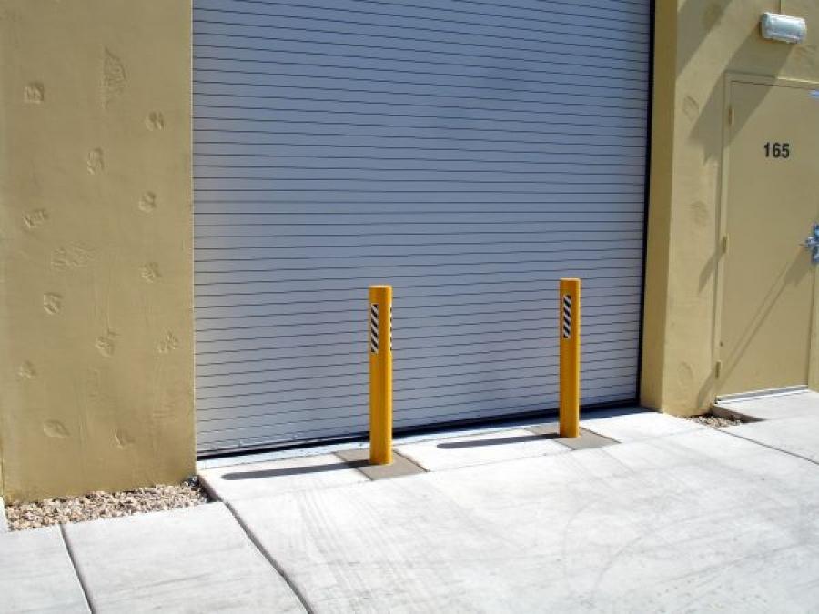 TrafficGuard, Inc Round Post Key Lock - Traffic control bollards Ram Raiding Protection