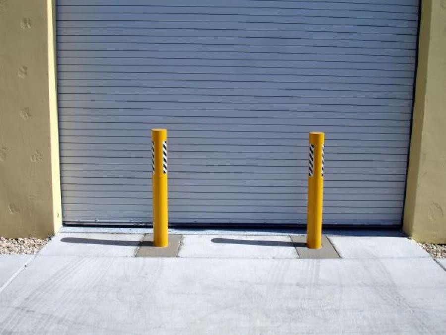TrafficGuard, Inc Round Post Key Lock - Removable traffic bollards Ram Raiding Protection