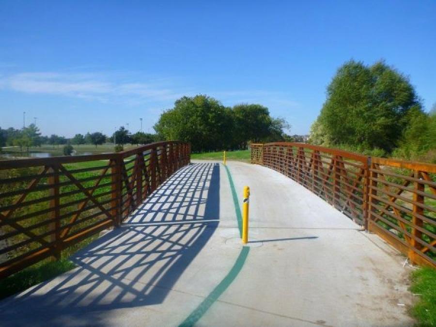 Round Post Top Lock TL1004R - Hutton Branch Trail, Carrollton, TX