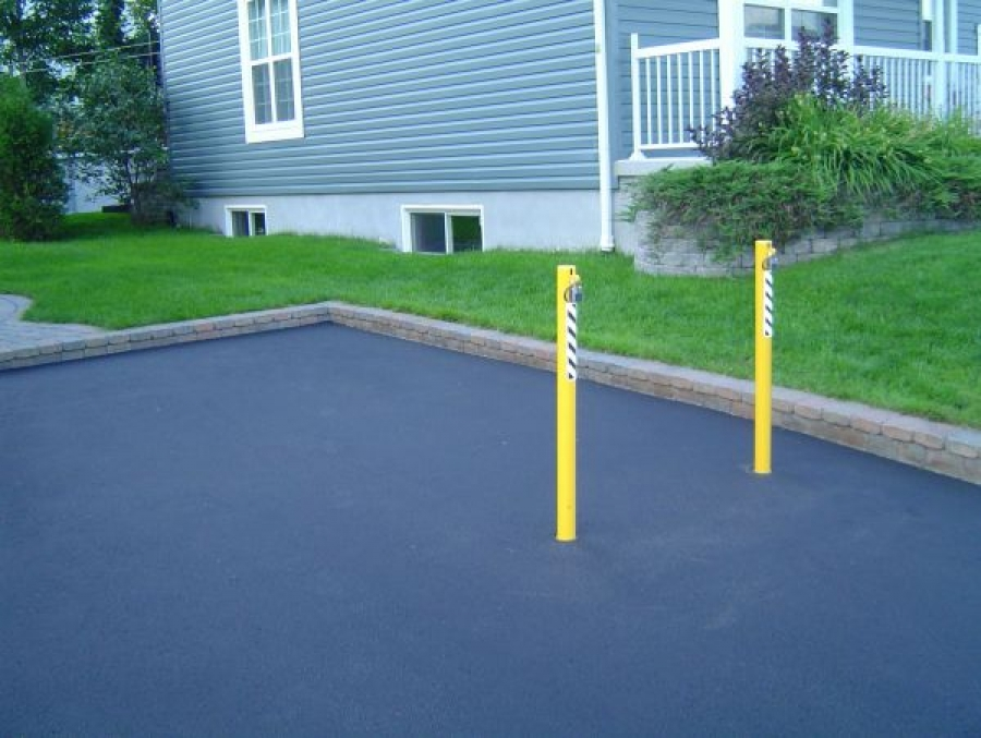 TrafficGuard, Inc Round Post Top Lock - Removable post Parking Space, Quebec, Canada