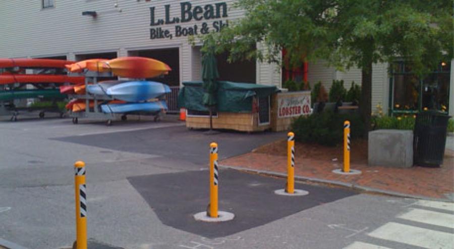 TrafficGuard, Inc Round Post Lock - Anti-ram bollards LL Bean, Freeport, Maine