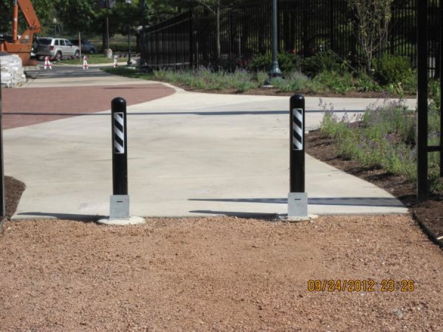 TrafficGuard, Inc Round Post Top Lock - Parking barriers North Central College, Naperville, IL